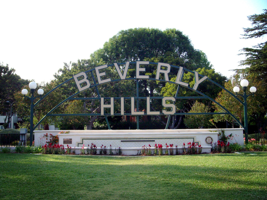 map of la neighborhoods with Beverly Hills on South Central together with Arrondissements additionally White New Orleans Recovered Hurricane Katrina Black New Orleans Not also Profiles moreover Paris Full Day City Tour With Lunch At Eiffel Tower Small Group Minibus 5875 154.